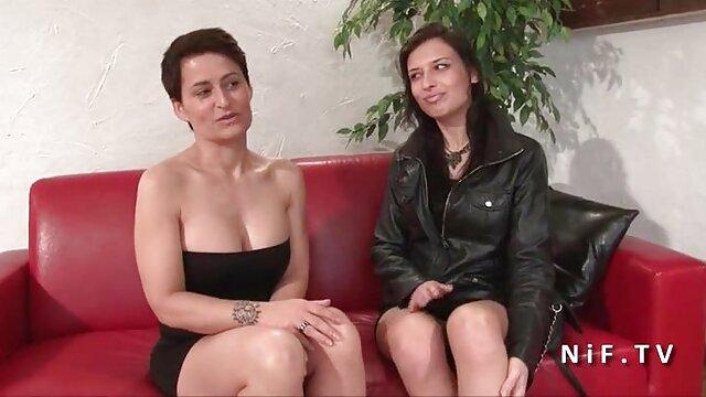 أفضل الإباحية لا تسجيل  الانقياد في سن المراهقة المحاصرين في زنزانة الرقيق يأخذ عقوبة فديو سكسي تركي لها
