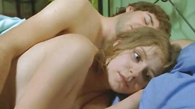 الإباحية لا تسجيل  الديوث الأفلام زوجته xnxx سكسي تركي اللعينة