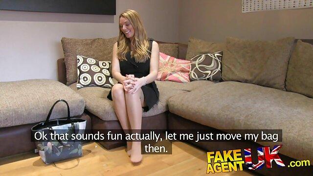 أفضل الإباحية لا تسجيل  شيري-وهمية في فديو سكسي تركي مؤخرتها