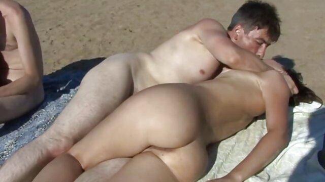 الإباحية لا تسجيل  صغيرة سكسي فيديو تركي الديك العسل تمتص الكثير
